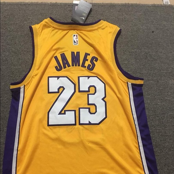 huge discount 5ce86 03e6b LeBron James Lakers Men's Jersey NWT